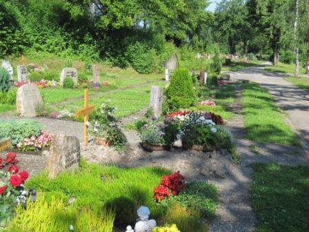 W_und_R_neuer_Friedhof