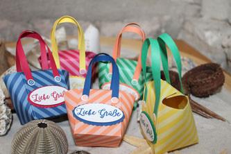 Kleine Strandtäschen als Verpackung z.B. für Geldgeschenke oder kleines Mitbringsel