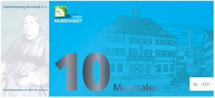 Die Vorderseite des 10 Euro Murrtalers ist blau und zeigt ein Foto des Rathauses Murrhardt
