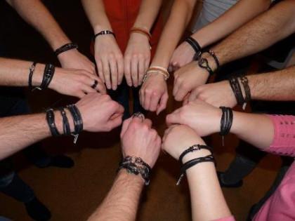 Armbänder für Frauen und Männer