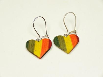 Herz Ohrhänger aus coloriertem Holz Welsch