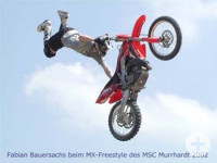 Motocross im Freestyle-Flug