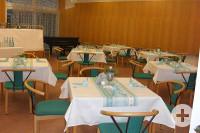 Tisch-Anordnung 2