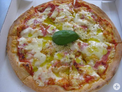 Der geheime Liebling unserer Kunden - die Pizza Europa!