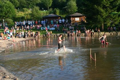 Spiele im Nichtschwimmerbereich